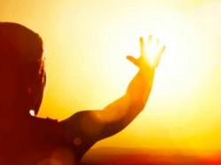 Sunstroke How Save Yourself From Sunstroke Gujarat