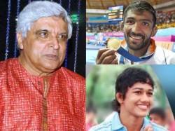 Javed Akhtar Tweets On Gurmehar Issue Babita Phogat Yogeshwar Answers