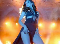 Stills Deepika Padukone From Raabta S Title Track