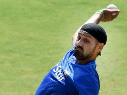 Harbhajan Singh Slams Jet Airways Pilot Being Racist