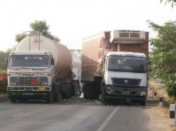 Ahmedabad Highway Closed Because Lng Filled Tanker Accident