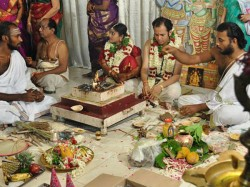 Why Hindu Wedding Is Incomplete Without Saat Fere Or Seven Round