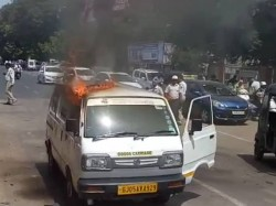 Surat Suddenly There Was Fire The Cng Car