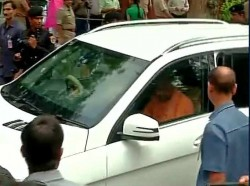 Babri Demolition Court Hear The Case Against Lk Advani And Joshi
