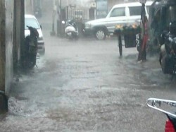 Heavy Rain Gujarat Valsad Rajkot Is Highly Affected Because Of Rain