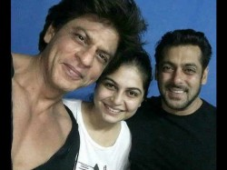Shahrukh Khan Salman Khan Picture Perfect Moment