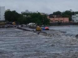 Heavy Raining Gujarat Rajkot Banaskantha Morbi Had Flood