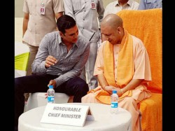 Akshay Kumar Met Uttar Pradesh Cm Yogi Aditayanath