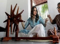 Huma Qureshi Visits Gandhi Aashram Ahmedabad