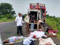 Accident On Dhandhuka Highway 11 Family Members Died