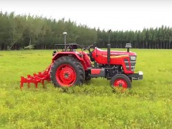 Mahindra Driverless Tractor Unveiled In India
