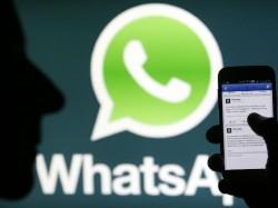 Uploading Sharing Photos On Social Sites Is Wrong Deoband Sa