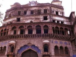 However Unlike Mughal Emperor Shah Jahan The Taj Mahal Bho