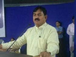 Congress Bharatsinh Solanki Attacked On Pm Modi Press Confer