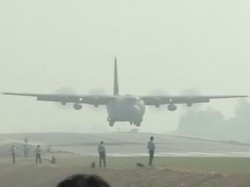 Fighter Planes Touch Down On Agra Express Uttar Pradesh