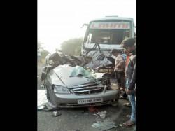 Gujarat Bus Car Collision Seven Killed At Mehsana Unjha Highway
