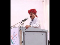 Gujarat Election 2017 Congress Leader Bharatsinh Solanki Won