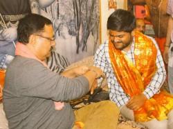 After Gujarat Election 2017 Hardik Patel Visited Ambaji Temple