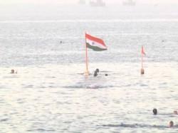 Porbandar Swimmers Celebrate Republic Day In Unique Way In Gujarat