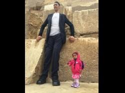 World Tallest Man Sultan Kosen Shortest Woman Jyoti Amge Meets Cairo Pictures Viral Egypt
