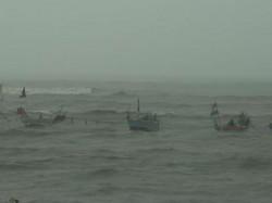 Kachchh Mundra Veraval Port Imposed Number Signal After Storm Forecast