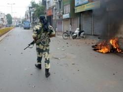 Violence Gujarat Surat Amroli 6 Injured 40 Detained The Police
