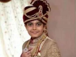 Year Old Surat Boy Bhavya Shah Become Jain Monk