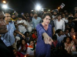 Priyanka Gandhi Loses Her Temper During Candle March Against