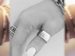 Benefits Of Wearing Silver Thumb Ring