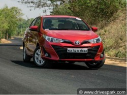 Car Reviews Toyota Yaris Review Test Drive
