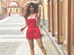 Ragini Mms Returns Karishma Sharma Hotness Bikini