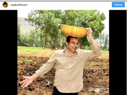 Actor Dharmendra Doing Farming Feeding Cows Adorably Talking About His Farm Mangoes