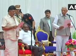 Hd Kumaraswamy Ministers Oath Ceremony Dk Shivakumar Takes Oath Karnataka Cabinet