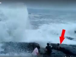 Two Tamil Nadu Youth Drown Sea While Taking Selfie Goa
