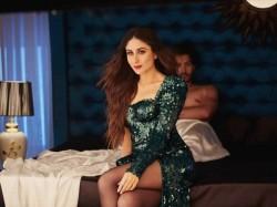 Veere Di Wedding Kareena Kapoor Khan Hits Back At Trolls Who Mom Shamed Her For Bold Fashion Choice