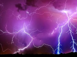 Chennai Man Killed While Trying Take Photo Lightning On Mobile