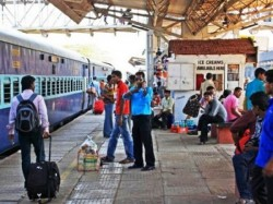 Indian Railway Is Planning Use Undercover Agents Check Food Quality Staff Behaviour Other Services