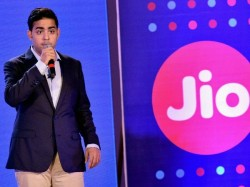 Mukesh Ambani Reliance Launches Jio Giga Tv Set Top Box 41st Annual General Meeting