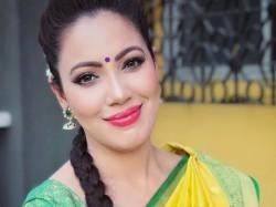 Munmun Dutta Lashes At Fans Insensitive Behaviour At Kavi Ku