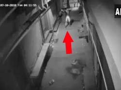 Cctv Footage Of A Thief Dancing Before Attempt To Break Into Shop In Delhi
