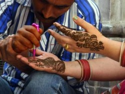 It Is Illegal Have Henna With Man S Hand