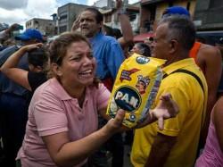 Millionaires Are Poor Venezuelans Struggle To Survive As Inflation Spirals