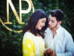 Priyanka Chopra S Mother Madhu Chopra Reveals Inside Details
