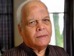 Hindi Academy Vice President Veteran Journalist Vishnu Khare