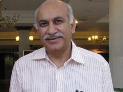 Metoo Minister State External Affairs Mj Akbar Accused Sex