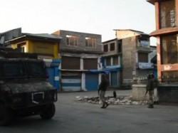 Encounter Underway Between Terrorists Security Forces In Larro Area Of Kulgam