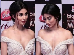 After Akshay Kumar Gold Mouni Roy Topless Pic Viral
