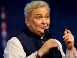 Rishi Kapoor Leaves America Medical Treatment Tells Fans No