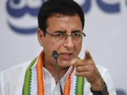 Congress Attacks Pm Modi Over War Inside Cbi Says Dismantli