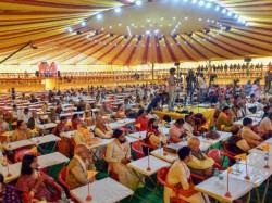 Sadhu Saint Criticizes Modi Yogi Over The Lord Ram Statue In Ayodhya